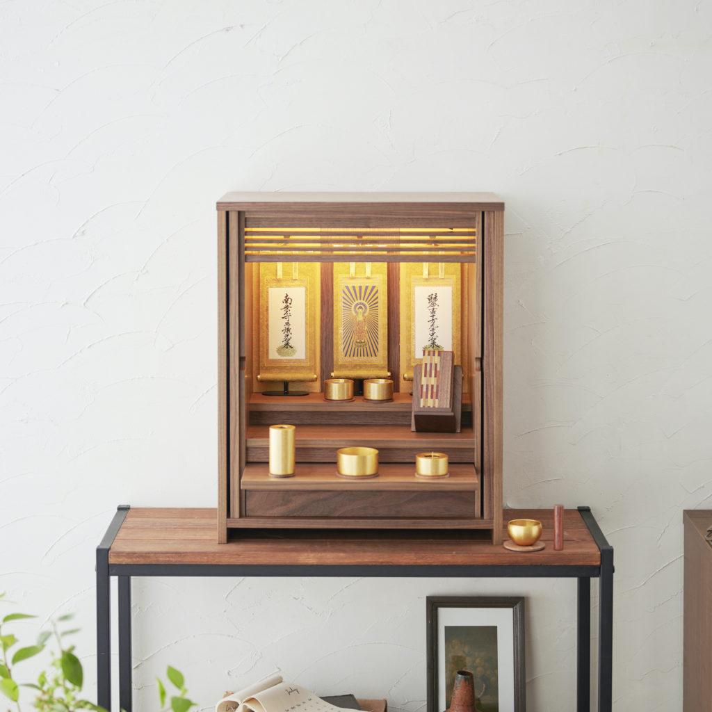 浄土真宗のお仏壇の基本の飾り方